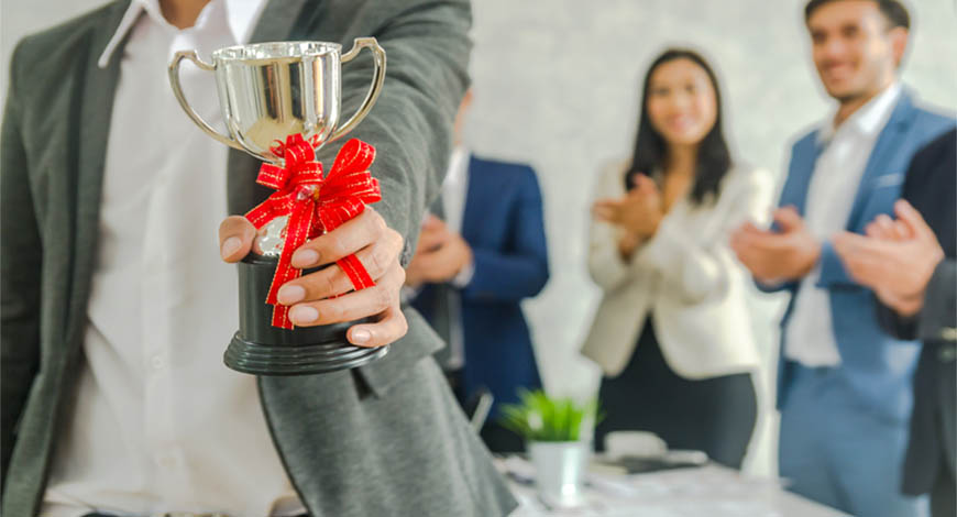 selling corporate awards in your business
